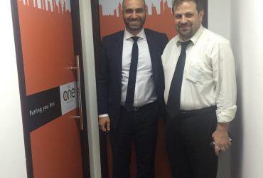 آقای طارق (سمت راست)، مهندس بشیر انیسی (سمت چپ)