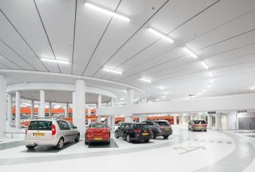 طراحی مدرن پارکینگ هوشمند