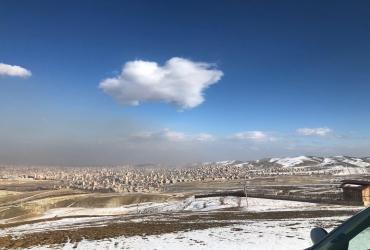 نمای شهر ارومیه از کوه سیر، معروف به بام ارومیه