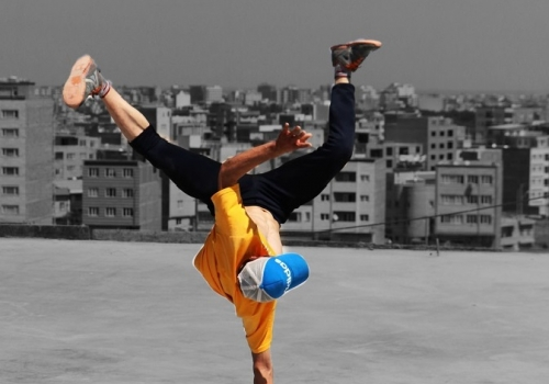 The first promotional teaser of Urmia Citadium supports self-made parkour teams