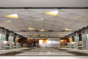 فضای فودکورت مرکز تجاری اداری فیروزه