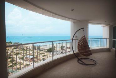 دید به خلیج فارس از واحدهای برج اطلس کیش، جزیره زیبای کیش